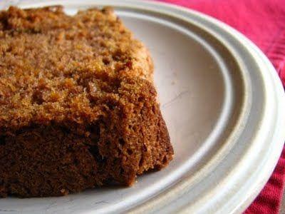 Κέικ καρότου με σταφίδες και αλεύρι ολικής άλεσης