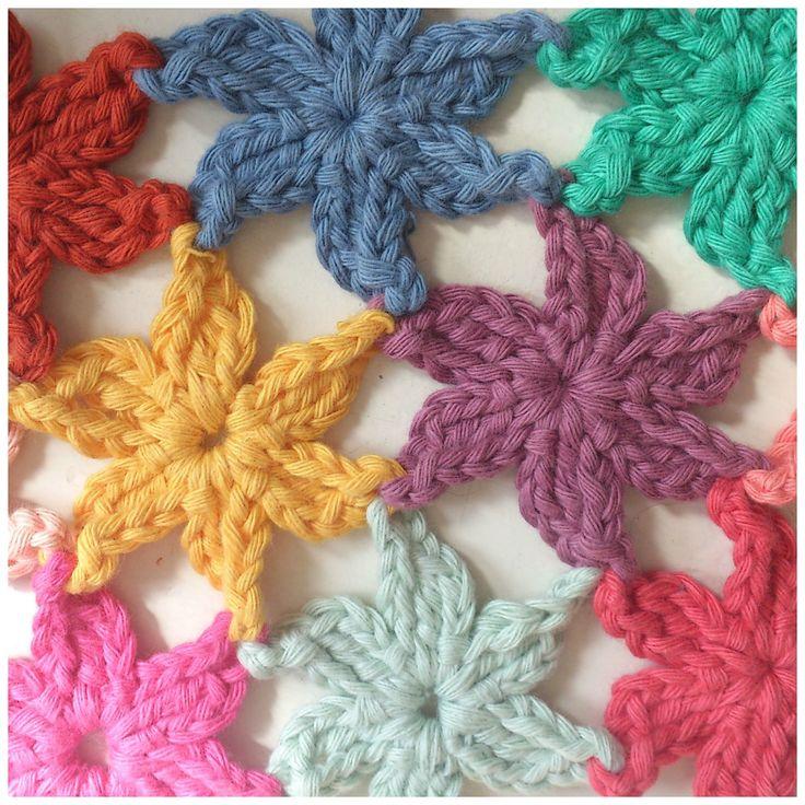 Joined Flowers: #free #crochet #pattern