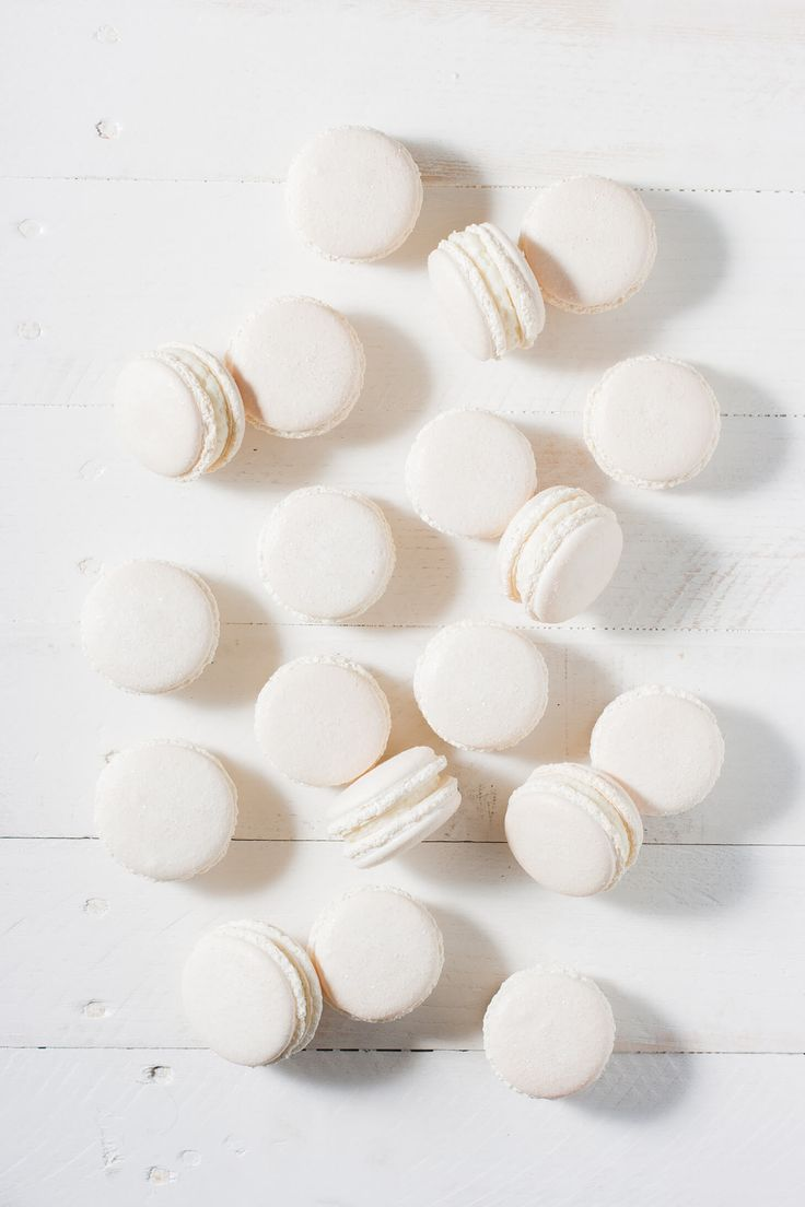 How to make white macarons