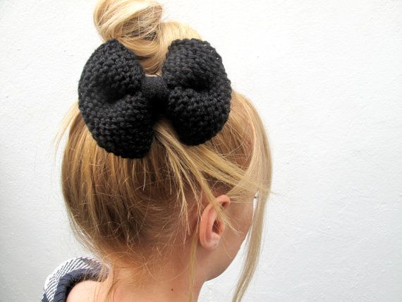 Knitted Purl Bow // Black Hair Bow // Ready to by hellobettybow