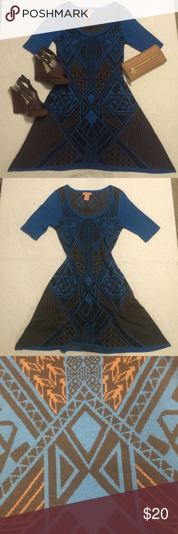Aztec knitted dress This knitted dress is perfect for a autumn night. Slip on these wedges and you'll be good to go. This dress is fitted and doesn't have much give to it. Flying Tomato Dresses Midi
