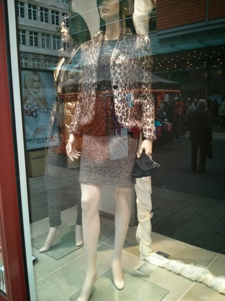 Leopard faux-fur jacket.