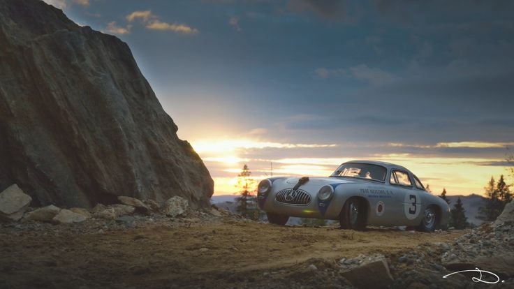 In order to create a more realistic environment for my Mercedes-Benz 300SL Carrera Panamericana #3 from CMC, I decided to build a small diorama on-site. This is an original photo from the session.