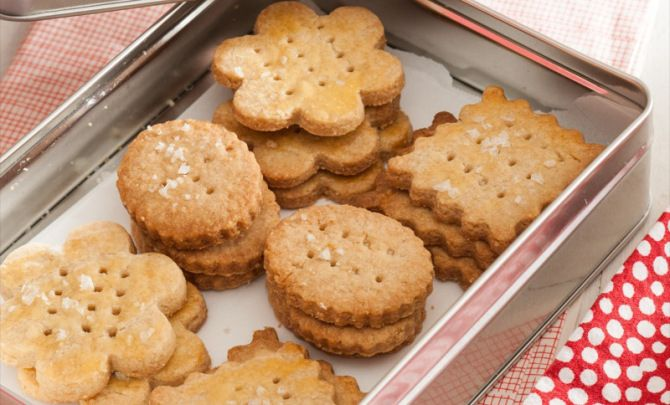 Crispy Almond Sea SaltCrackers Recipe - Relish