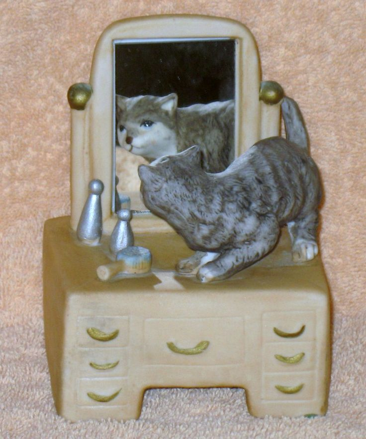 Vintage Mann music box kittens on vanity mint no box by Catloversdream on Etsy