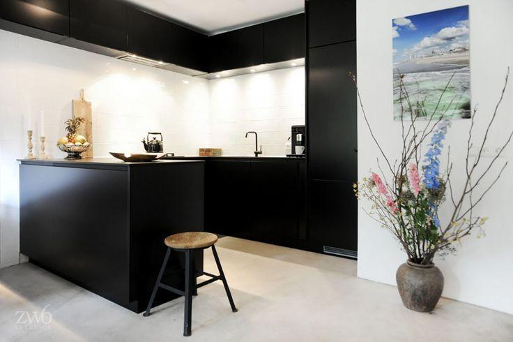 Project by #ZW6 #interior #architecture #jeroenvanzwetselaar #design #piedaterre #house #kitchen || #interieur #architectuur #ontwerp