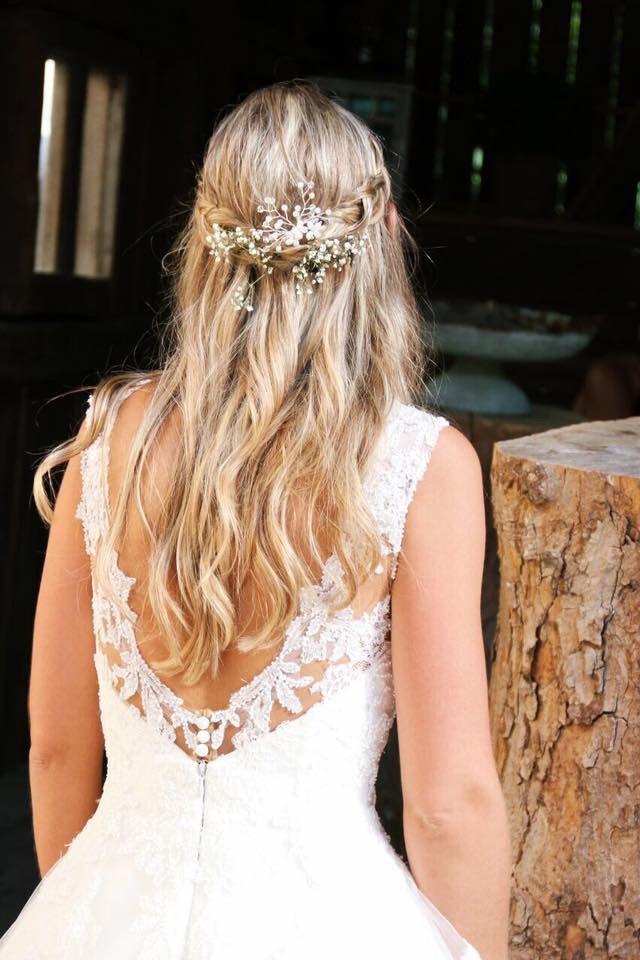 Super Elegante Und Schlichte Brautfrisur Brautfrisur Brautfrisur Frisuren Hochzeit Braut