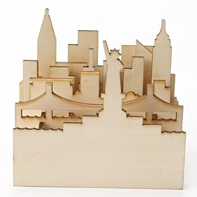 New York Cityscape Pen Stand