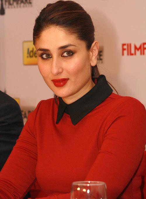 Kareena Kapoor simple ponytail look