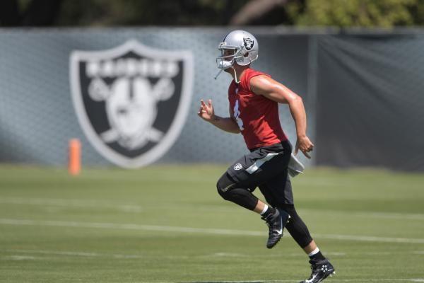 Raiders QB Derek Carr lands at number 11 in NFL Top 100