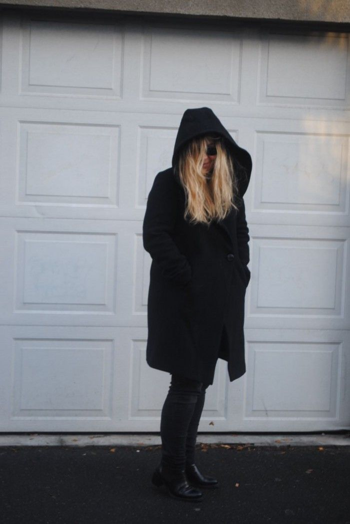 Black trench - Pensees by Caro