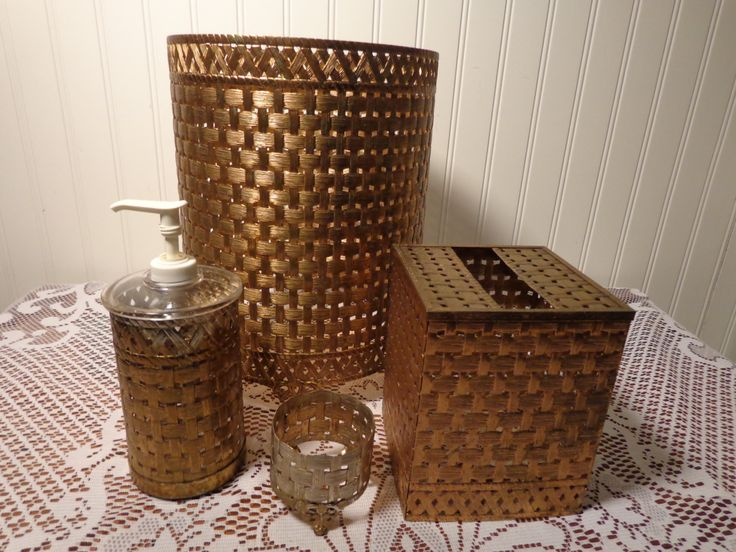 Vintage Gold Powder Room Set by Stylebuilt Accessories  -  15-560 by BubbiesMemories on Etsy