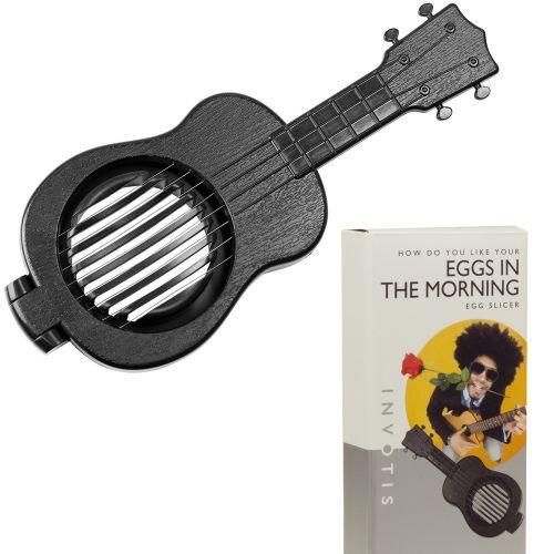 Bei Dir dreht sich 24/7 alles um Musik? Selbst in der Küche kannst Du nicht davon lassen? Dann haben wir das passende Utensil: die Eierschneider Gitarre! via: www.monsterzeug.de