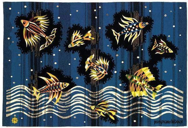 """Tajan - Jean PICART LE DOUX (1902-1982) & HAMOT (Manufacture) """"Poissons du ciel"""" Tapisserie d'Aubusson basse lisse, tissage en laines polychromes sur chaîne coton, à décor de poissons dans les airs et dans les flots, fond bleu."""