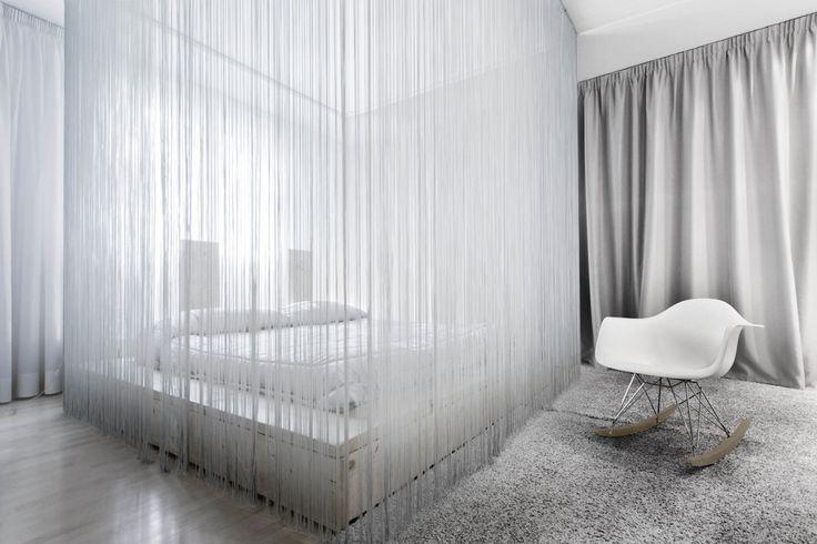 7047 Boutique Design Villa : Camera da letto moderna di LDA.iMdA architetti associati