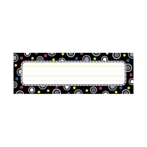 Personalice escritorios, casilleros o las carpetas de los estudiantes con estas etiquetas de lunares.      36 placas para los nombres por p...