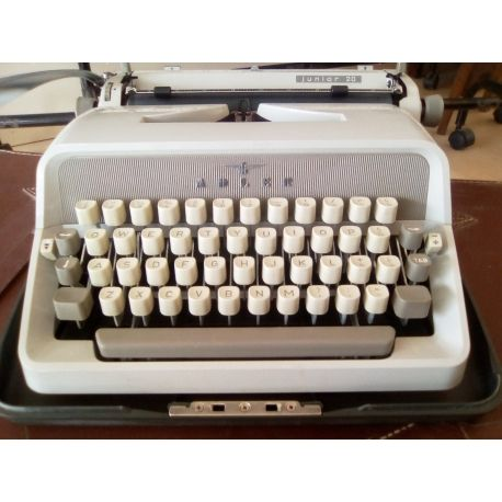 Vintage Adler model Junior 20 typewriter