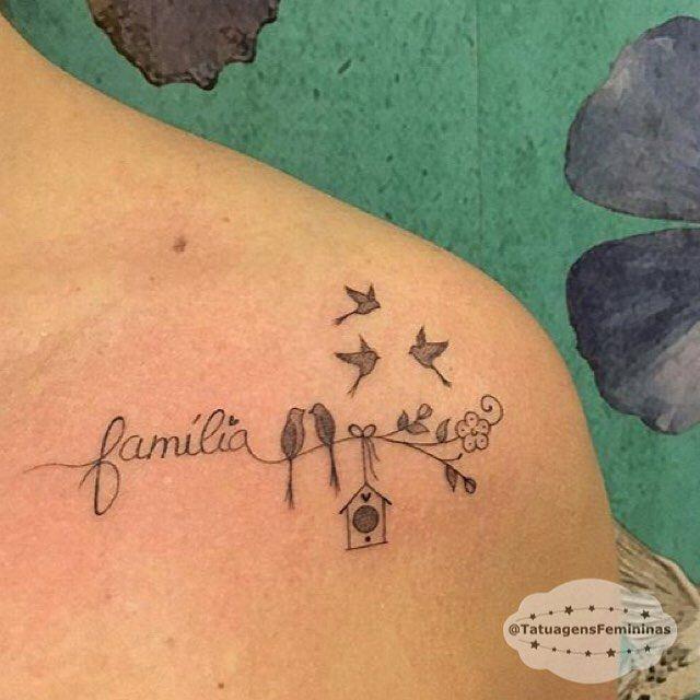 """10.6 mil curtidas, 103 comentários - Tatuagens ➴ Tattoos 1,7m (@tatuagensfemininas) no Instagram: """"""""Family"""" • Tattoo Artist:  @Tatianaalves . ℐnspiração 〰 ℐnspiration . . #tattoo #tattoos #tatuagem…"""""""