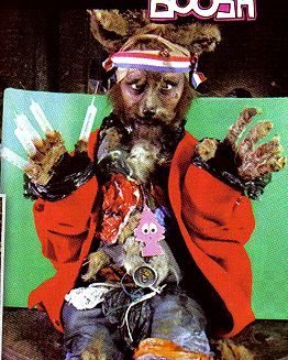 Google Image Result for http://images.wikia.com/mightyboosh/images/3/38/LoadedDec07crackfox.jpg