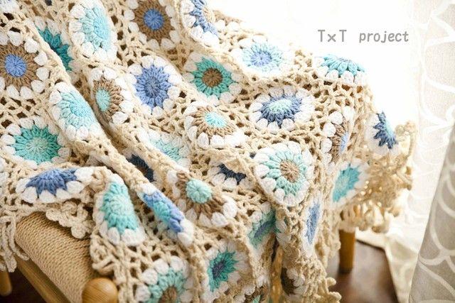 http://www.aliexpress.com/store/1687168 ハンドメイドかぎ針編み お花 モチーフ ひざ掛け❁ ギリシャブルー❁手作り/編み物