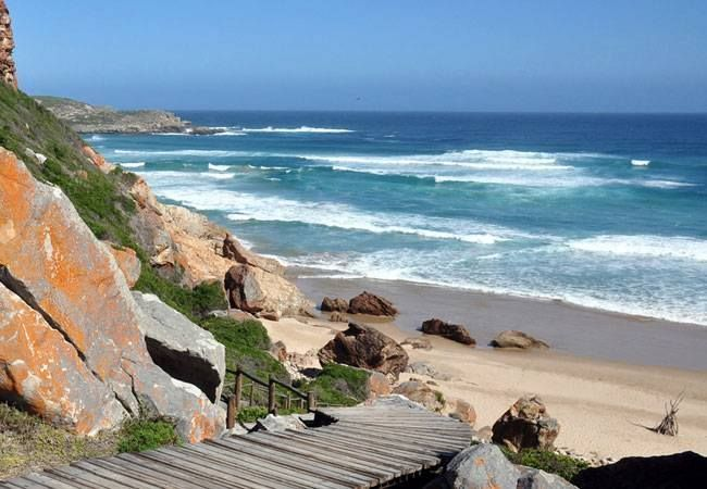 Robberg Nature Reserve https://www.facebook.com/ThePlettenberg/photos/a.418911834829602.105804.404356212951831/944538222266958/?type=3