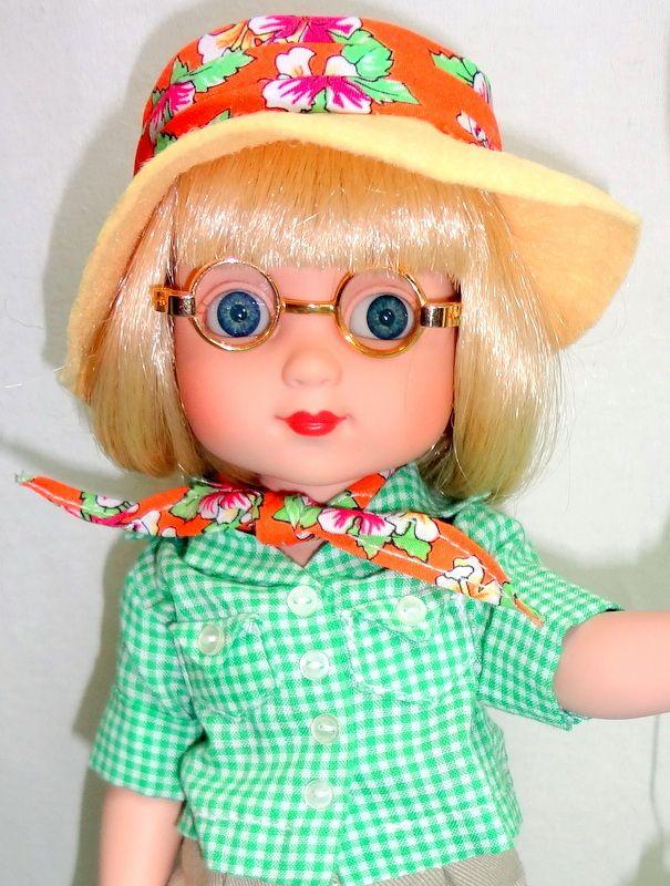 "Ann Estelle Field Guide 10"" Doll Mary Engelbreit Collection Tonner Butterfly Net - Ann Estelle Collection"