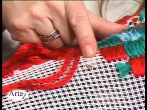 ▶ El arte de los tapices en cañamazo - YouTube