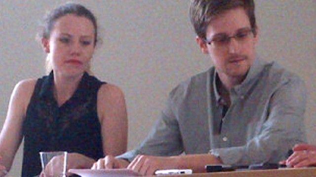Edward Snowden Snowden-Vertraute Harrison in Berlin