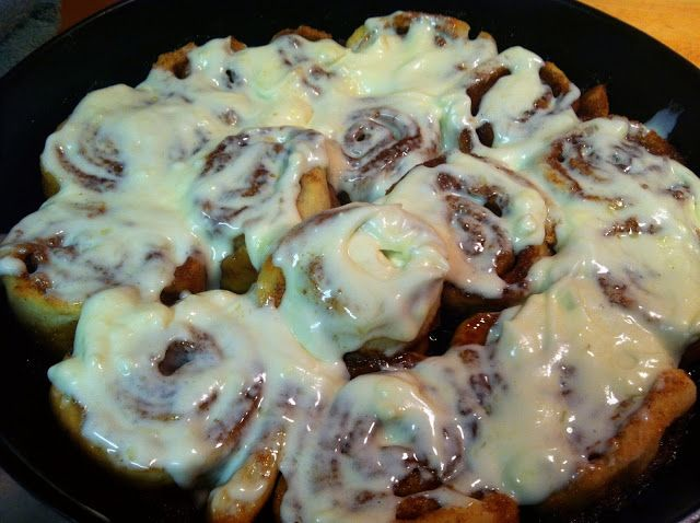 Taste and See: Cast Iron Skillet Cinnamon Rolls (without yeast)