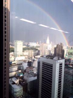 先日の豪雨から一転!二重の虹がかかってました!!