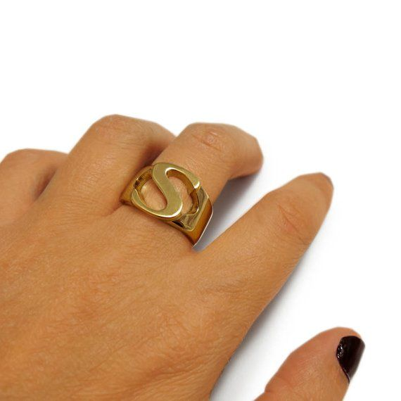 Personalized Ring Birthday Gift, Hammered Gold Ring Letter Ring Custom Ring Gold filled Ring Monogram Ring Initial Ring Signet Ring
