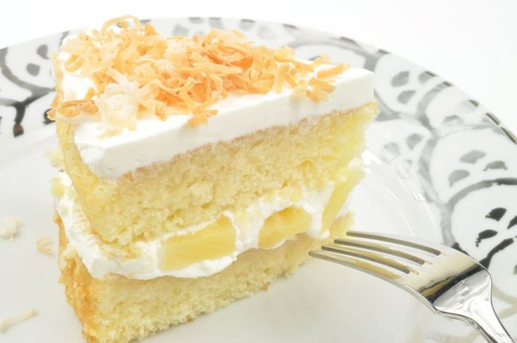 Cuban Rum Cake - This decadent, rum soaked cake is also known as Cake de Ron. Similar to a tres leches, Cuban Rum Cake is a Latin-infused Southern favorite.