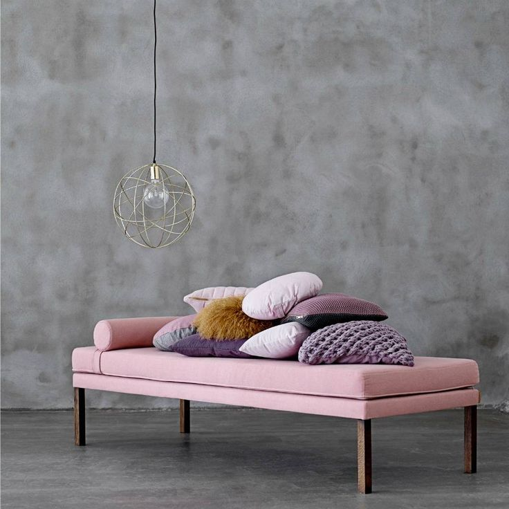 What a wonderful bank Bloomingville. Daybed says it all, a lovely bench / bed during the day. Available in gray and beige. Fun to create a cozy corner in the ho