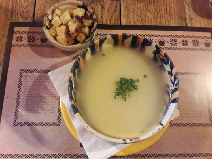 Romanian soup #laceaun #romanian #romania #brasov #restaurant #traditional #food #soup #ceramic