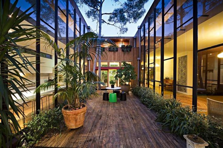 Courtyard Oasis - Fitzroy, Victoria Australia