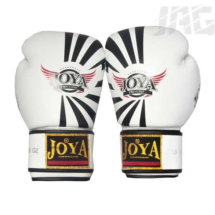 Our top of the range leather glove from Joya, the Fantasy is part of the new Joya ProLine. Hand made in Thailand from high grade, specially selected leather this glove is unique in its design using Joya's own special combination of foams, providing superior comfort and durability, helping you to maximise your performance in training and the ring.
