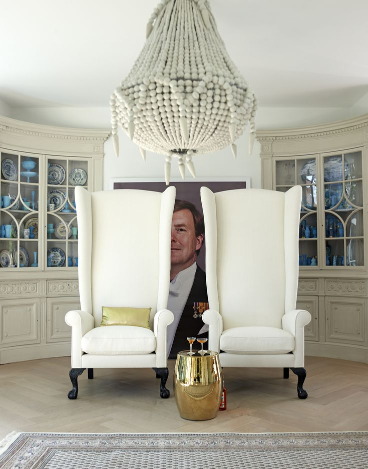 Schilderij Koning Willem Alexander. De lijst is gemaakt door Sijmen Interieur in samenwerking met VT Wonen.