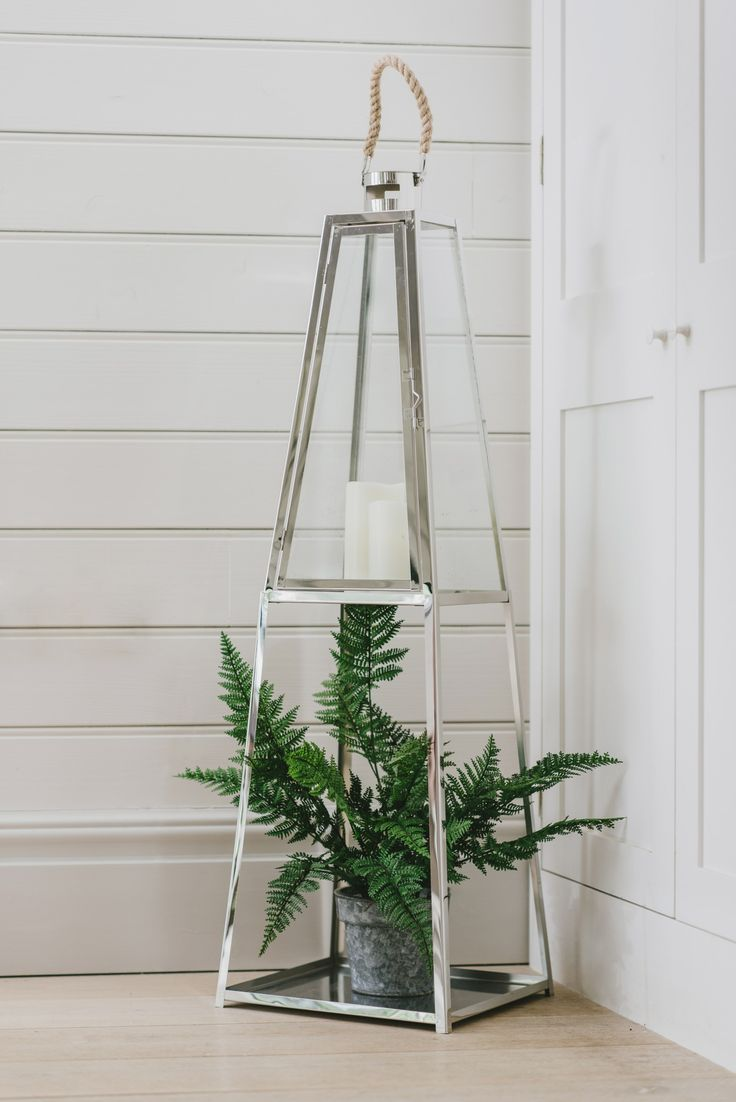 Sue Ryder Online - Affordable Home Finds | Affordable, brand new interior related homewares, furniture and accessories the Sue Ryder Charity has set up an online shop. #homeaccessories #terrariums #plants #houseplants ##candleholder #hometrends #plantlover #homestyling #homedecor #interiors #charity #homewares #interiorinspo