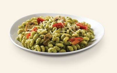 Tastes JUST LIKE the pesto pasta from Noodles & Co and Nothing But Noodles.  Which makes me insanely happy because we have neither in our area.  YUM.