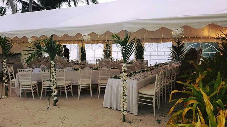 Nautilus Resort Rarotonga - reception marque on beach