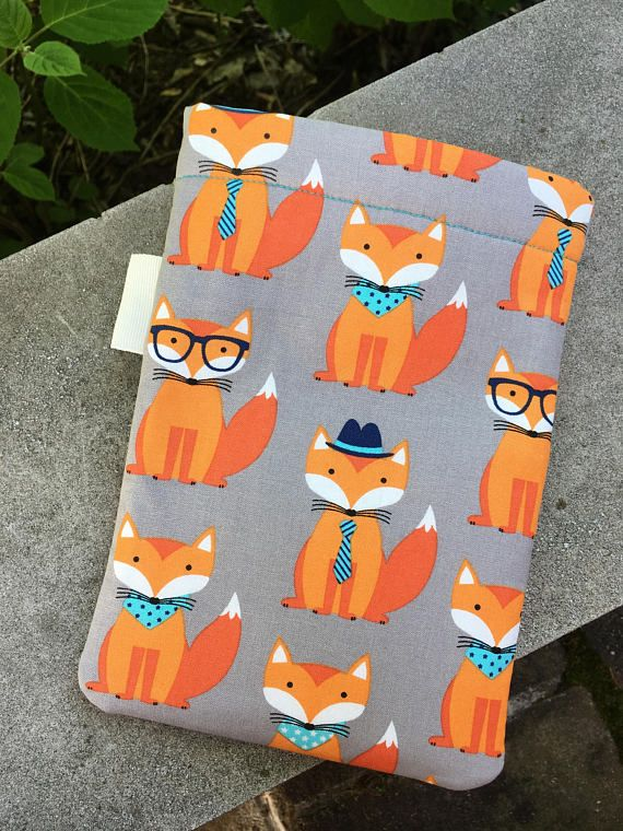 Fox Word Wrap -book sleeve