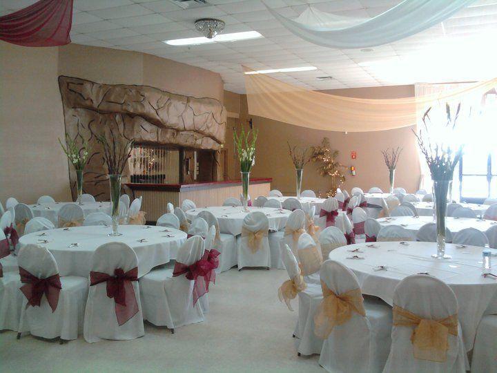 Pretty Reception Decor At Modesto Banquet Hall In Ca