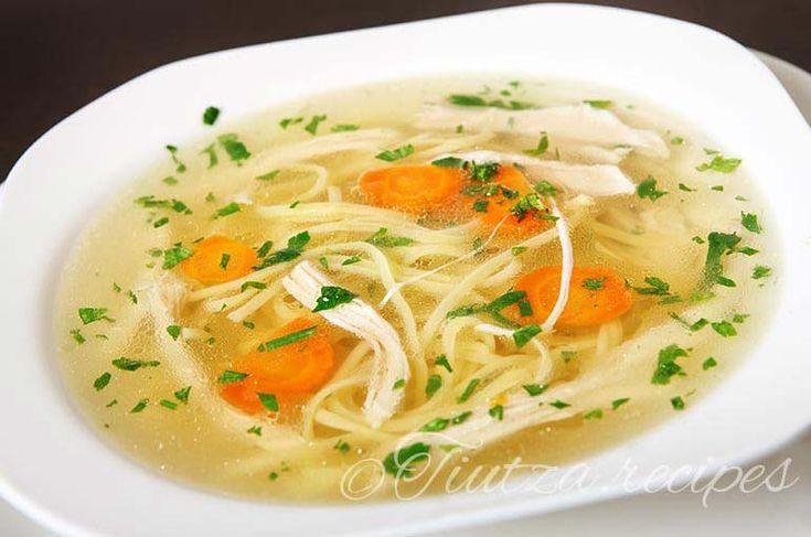 Supa de pui cu taitei de casa https://tiutza.recipes/ciorbe/supa-de-pui-cu-taitei-de-casa/