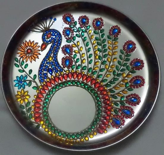 De 36 b sta aarti plates bilderna p pinterest for Aarti thali decoration with clay