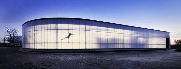 Headquarters of the Yeti advertising agency in Kryspinów near Kraków, designed by Jacek Krych, photo: Krzysztof Zgoła / courtesy of the architect