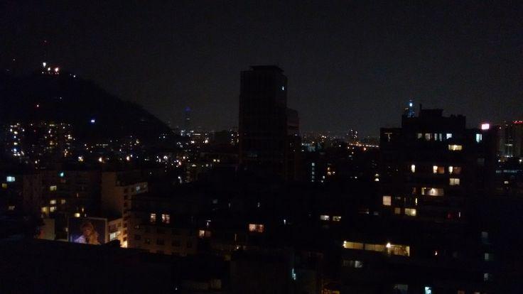 Santiago por la noche #night   #santiago   #barriobellasartes   #piso18   #luces   #regionmetropolitana   #photography