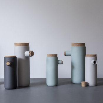Menu Spoonless container L, grigio scuro | Caraffe | Tavola | Finnish Design Shop