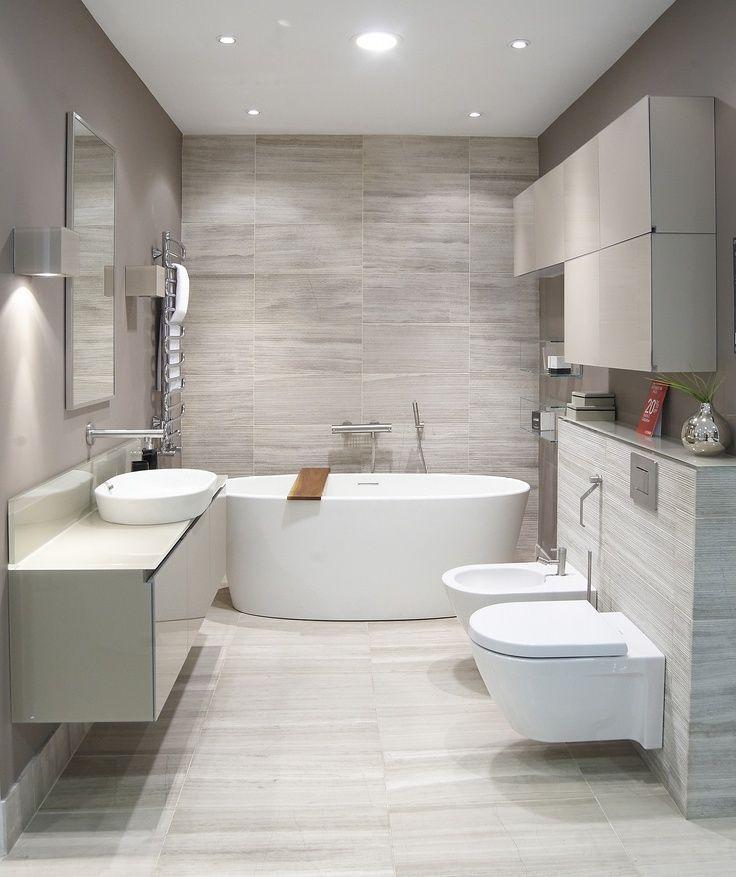 """Дизайн интерьера туалета: 85 больших идей для маленького помещения (фото) http://happymodern.ru/interer-tualeta-75-foto-idej/ Ванная комната, совмещенная с туалетом, в современном стиле. Облицовка стен - """"под травертин"""", всеми любимый камень"""
