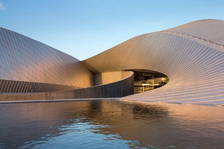 3XN: blue planet aquarium open to the public, Kastrup, Denmark
