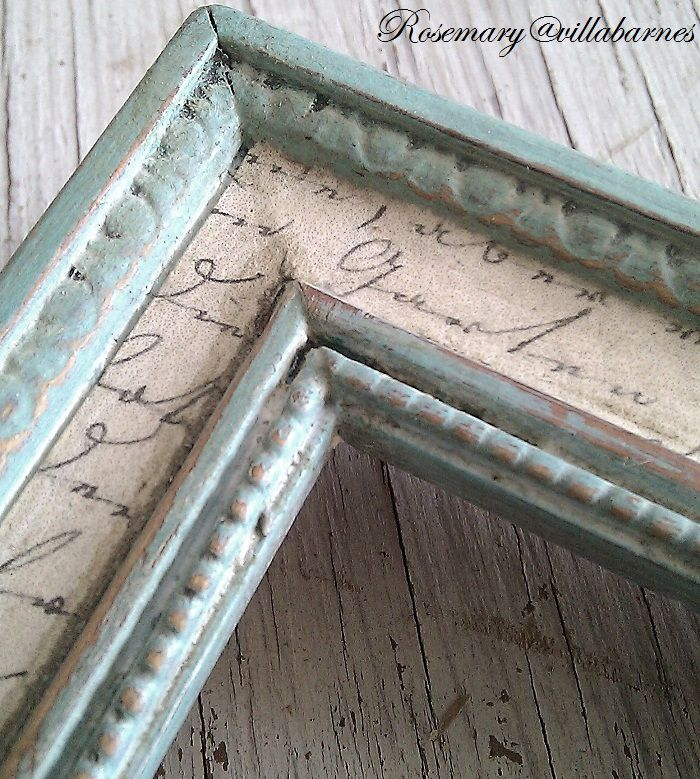 Fun With Aging.  Added aged paper to inset of frame. Love this idea. Villabarnes.com
